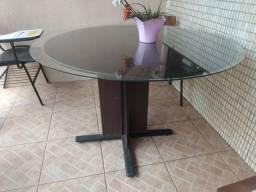 Mesa madeira com tampa de vidro