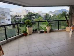 Apartamento à venda com 3 dormitórios cod:BI8651
