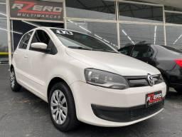 Título do anúncio: Volkswagen Fox 2014 Completo 1.0 Flex Bluemotion Revisado 4 Portas 84.000 Km