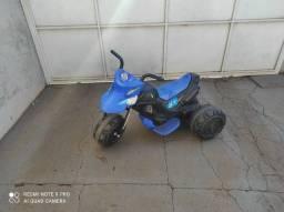 Brinquedo infantil (Motoca Elétrica)