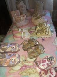 Vendo  botas e sandálias  n 17.19.20.21