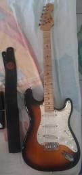 Guitarra Strato com Mini Humbucker Malagoli 50 anos