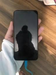 Iphone xs max, bateria 93%