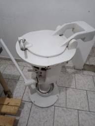 Divisora pedestal