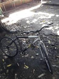 Vendo bicicleta ou troco em coisa do meu interesse