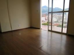 Apartamento 2 Quartos - Dependência Completa - Vista Livre - Portaria 24 H - Andar Alto