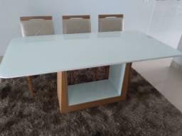 Bela mesa para 6 lugares