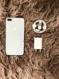 Iphone 8 plus 64GB Branco conservado e funcionando tudo ok aceito cartões