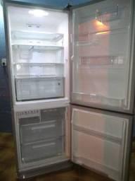 Geladeira Electrolux Frost Free Inverse