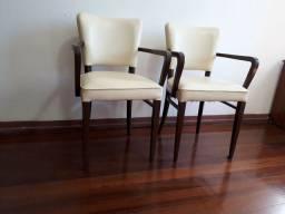 Título do anúncio: Duas cadeiras estofadas