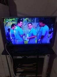 Vendo tv LG 32 polegadas leia o anucio