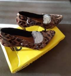 Sapato Scarpin em couro legítimo