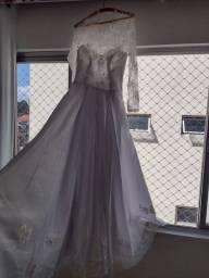 Vestido de noiva (usado)
