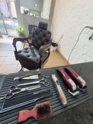 Título do anúncio: Passo Excelente Ponto de Barbearia a 5 anos com clientela formada
