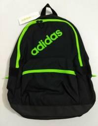 Mochila Adidas original, modelo Neo, duas cores disponíveis