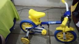 Bicicleta infantil nova aro 12