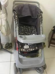 Vendo carrinho de bebê
