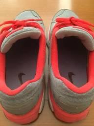 Tênis Nike feminino 38 rosa e cinza