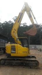Escavadeira komatsu pc