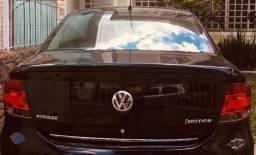 Vendo Veículo VW Voyage 1.6. confort L - 2010