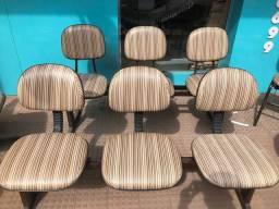 Cadeiras de escritório/consultório