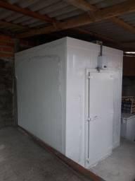 Título do anúncio: Câmara fria 1,92 x 1,72 x 2,20  medi.externa pronta entrega