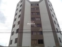 Apartamento para aluguel, 2 quartos, 1 vaga, Copacabana - Uberlândia/MG