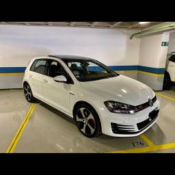 VW Golf GTI 2.0 Turbo