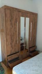 Guarda-roupa 4 portas