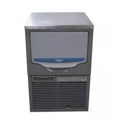 Máquina de gelo Srm45 Hoshizaki * cesar