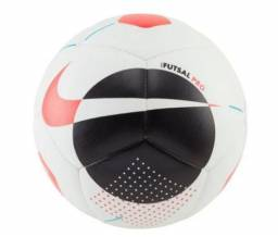 Bola de Futsal Nike Futsal Pro apenas R$100,00, nova