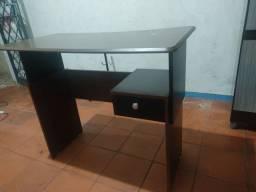 Mesa para computador usada