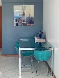 Título do anúncio: Mesa cromada com tampo de vidro e 4 cadeiras