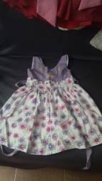 Título do anúncio: 6 vestidos infantil