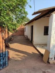 Título do anúncio: Alugo Casa Simples - Bairro Tiradentes