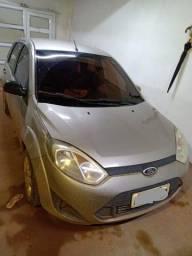 Vendo Fiesta Hatch 2014 - R$ : 20.000