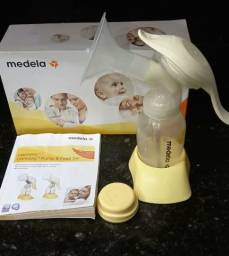 Extrator de leite mais potes de armazenar leite