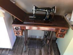 Máquina de Costura antiga Crosley
