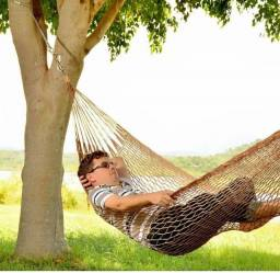 Rede de dormir e descanso.