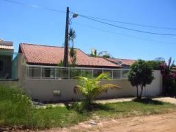 Espetacular Casa Linear com 4 Quartos na Praia Linda próximo à lagoa