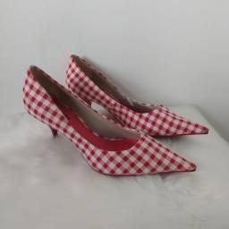 Sapato salto salto scarpin xadrez vermelho e branco vintage