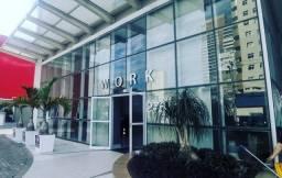 Sala comercial equipada no centro de Curitiba com Internet banda larga e ar condicionado