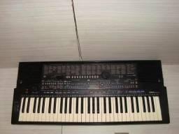 Teclado musical arranjador 510