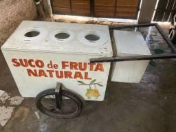 Carrinho de suco de Frutas