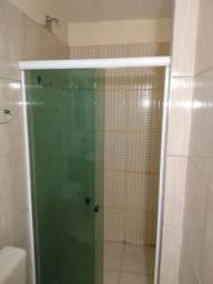 Título do anúncio:  Box para banheiro com vidros verdes