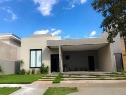 Casa térrea com piscina aquecida para venda em Condomínio Belvedere, Cuiabá/MT