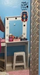 Título do anúncio: Penteadeira com luzes pra maquiar