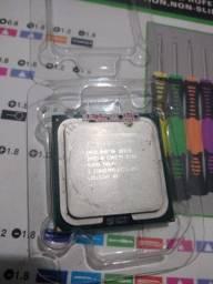 Processador Core 2 Quad Q8200 (775)