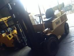 Empilhadeira yale triplex  4 ton