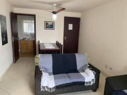 Apartamento com 3 quartos e uma quadra do mar em Guaratuba